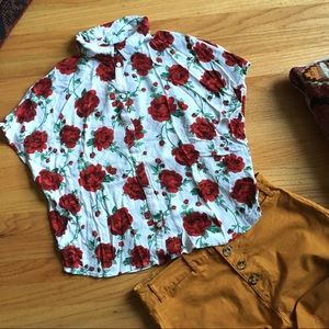 H&M red rose print boxy cropped button down blouse